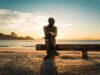 Poesia – Carlos Drummond de Andrade – O tempo passa? não passa!